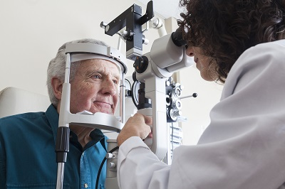 Eye doctors that accept Medicare near Chicago